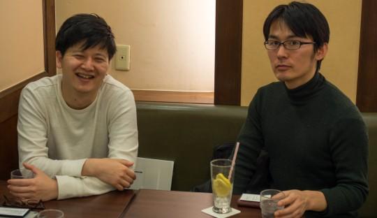 過去に取材した際の浅川透さん(右)。 左は脳脊髄液減少症を患う弊団体理事の重光。